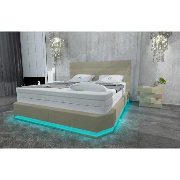 Bed boxspring WIEN uitgevoerd in leder met topper en USB-poort NATIVO design meubelen Nederland